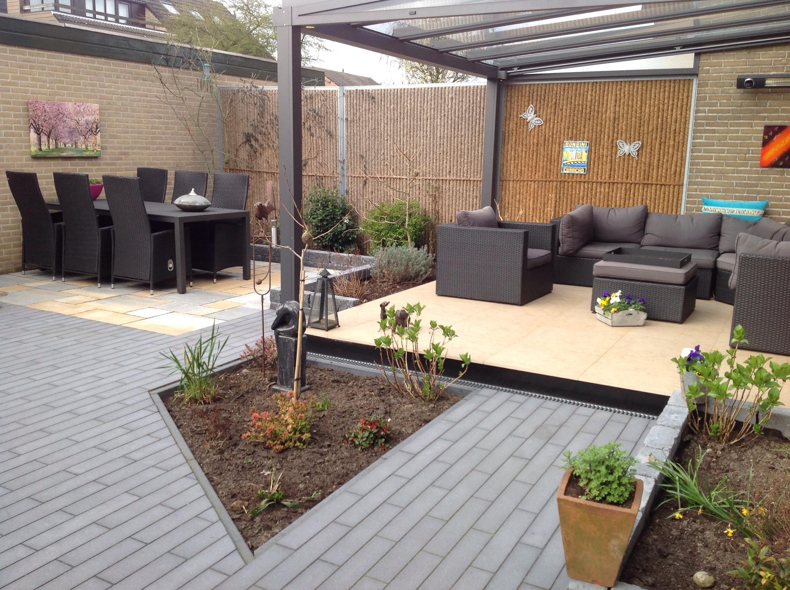 Tuin Bestraten Goedkoop : Startpunt voor uw mooiste tuin b o bestratingen en onderhoud in